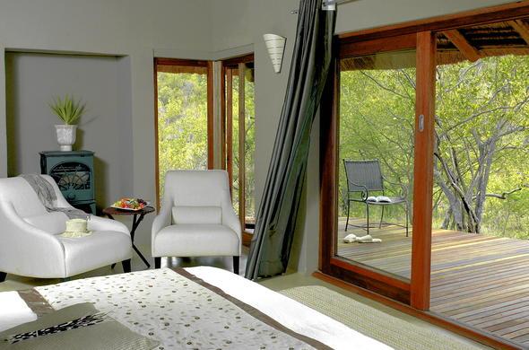 Etali Safari Lodge Wellness Spa